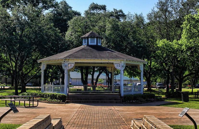 Friendswood Gazebo Park, Friendswood park, Friendswood
